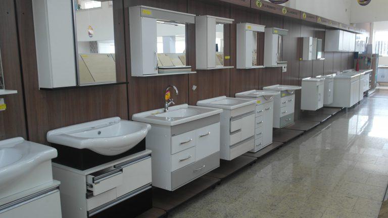 Banheiros e Cozinha